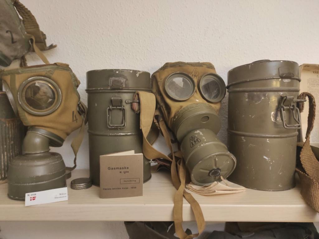 Des masques a gaz Whatsa27