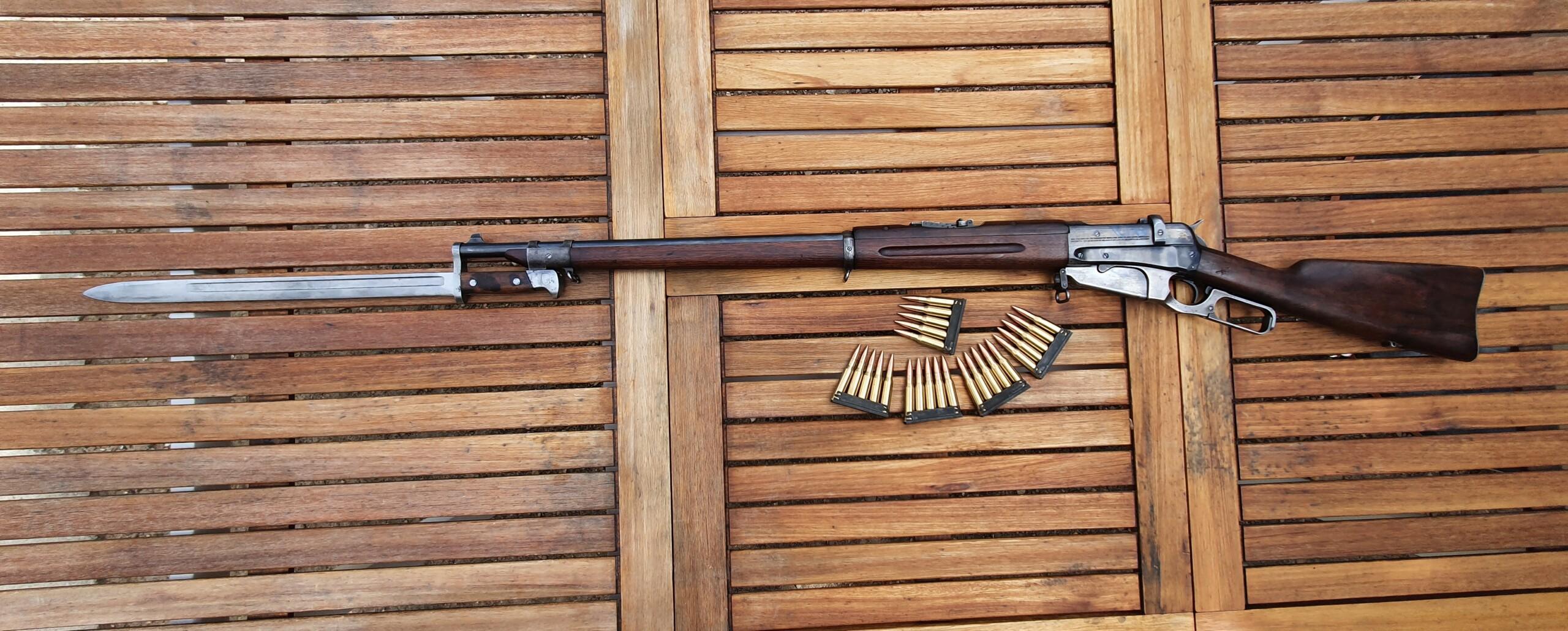 Ma Winchester 1895... Russe La_baz11