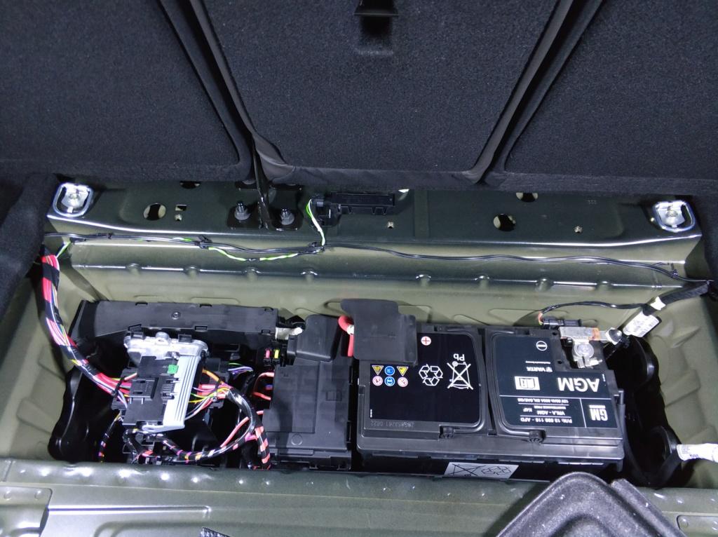 [Brico Astra K] Instalación barras LED en maletero 2ª Parte Img_2036