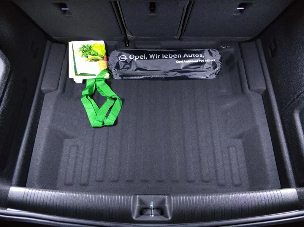 [Brico Astra K] Instalación barras LED en maletero 2ª Parte Img_2039