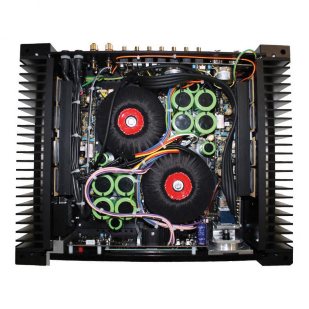 Amplificadores integrados con doble trafo Rega_o10