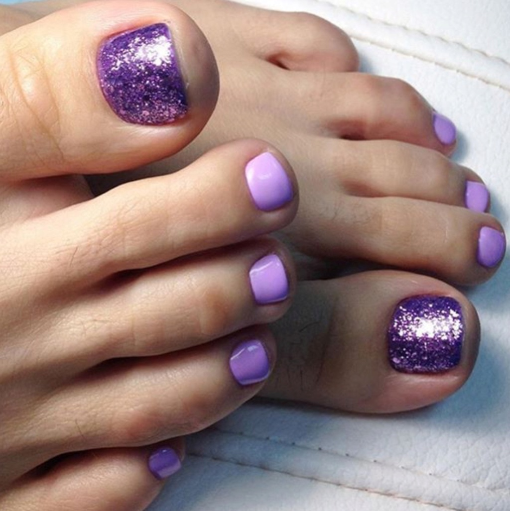Beautiful toes 6c4a5710
