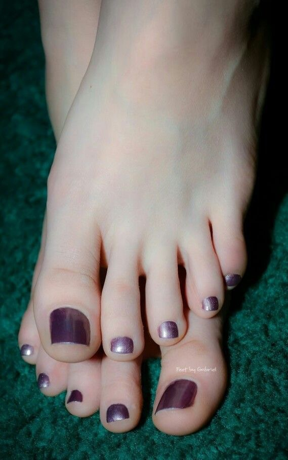 Perfect toes Ab890210