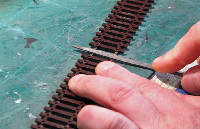 Soudure d'un fil d'alimentation sur un rail Soudur10