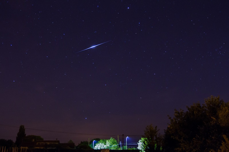 La nuit les satellites sont ... brillants 15072010