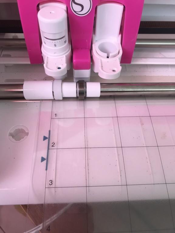 Cameo 3 vise à côté des repères d'alignement pour print n cut Image10