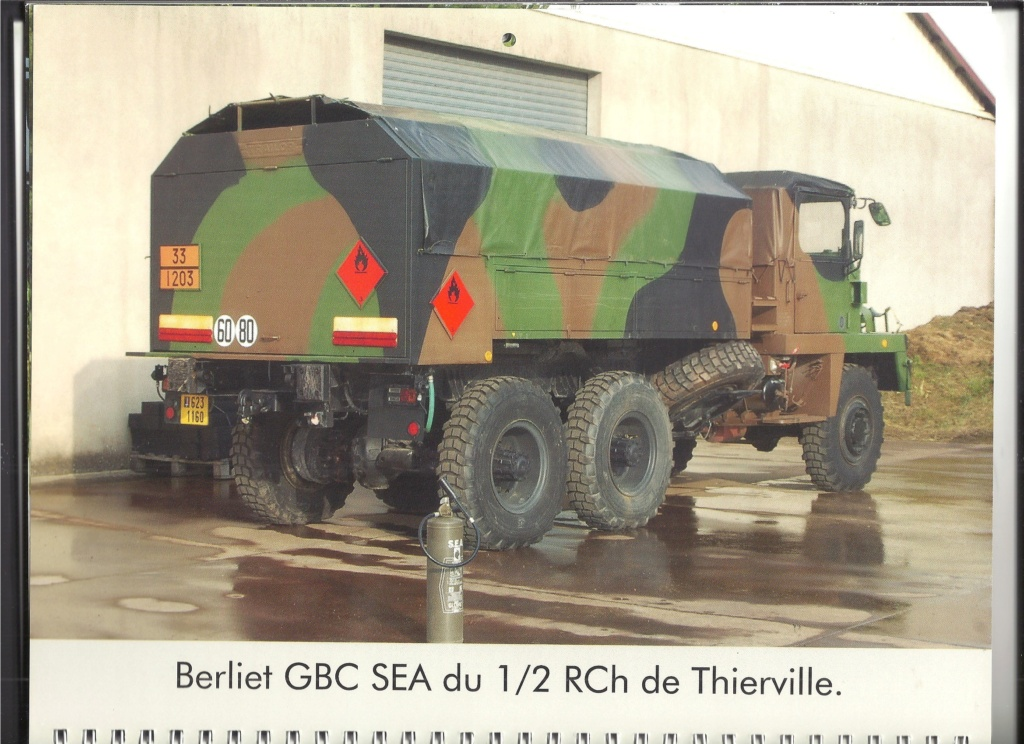 [CAMIONS-MILITAIRES.COM 2009] Calendrier 2009  Camion33