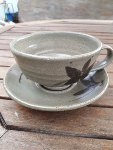 """Cup and saucer - impressed """"d"""" or backwards r with p 20200827"""