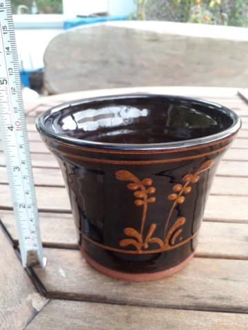 Unmarked slipware dark brown planter/ deep bowl 20200842