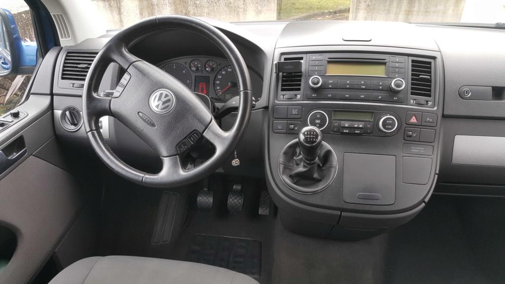 A vendre Multivan T5 2.5L TDI 131cv proche Nantes 0311