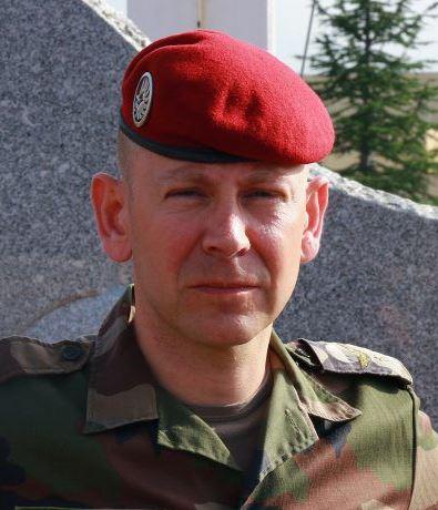 1er RCP Le 4 juillet 2019 , le colonel Chenebeau passera le commandement du régiment au colonel Éric Simonneau Simo_010