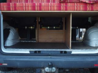 VEND T5 amenagé (5 places / toit relevable) P6180010