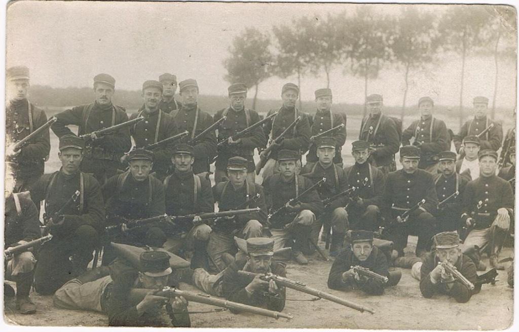 soldats du 23ème de ligne au centre d'instruction d'Auvours 004_211