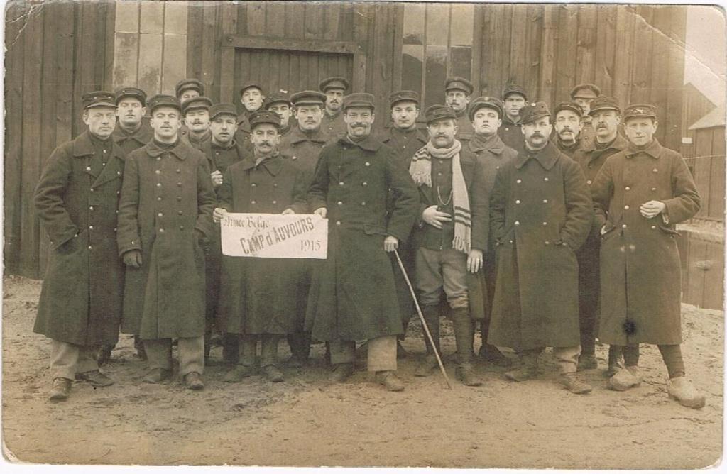 soldats du 23ème de ligne au centre d'instruction d'Auvours 00711