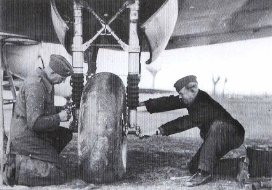 """(Airfix) Dornier 17 E """"Légion Condor"""" 1938. Do_17p10"""