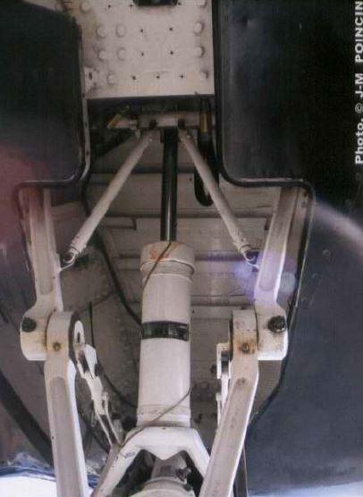 [Italeri] Chance-Vought Corsair AU-1 - Flotille 14F - Dien Bien Phu - 7 mai 1954 F4u_bl11