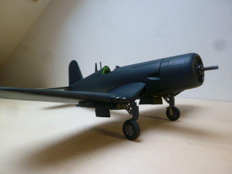 [Italeri] Chance-Vought Corsair AU-1 - Flotille 14F - Dien Bien Phu - 7 mai 1954 P1140031