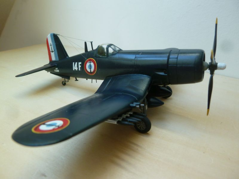 [Italeri] Chance-Vought Corsair AU-1 - Flotille 14F - Dien Bien Phu - 7 mai 1954 P1140125
