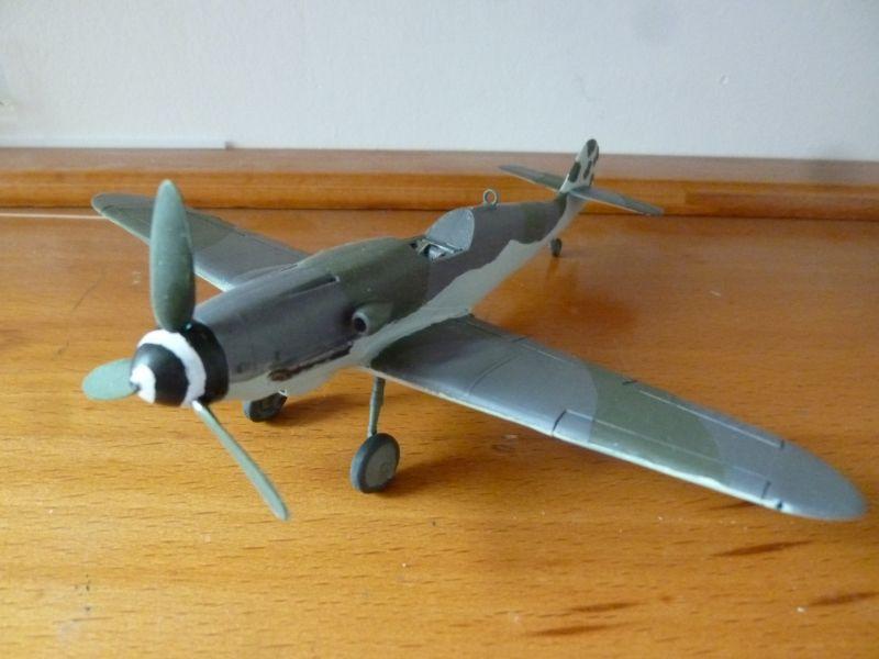 [Heller] Messerschmitt Me 109 K-4 ----- F I N I ----- - Page 2 P1140661