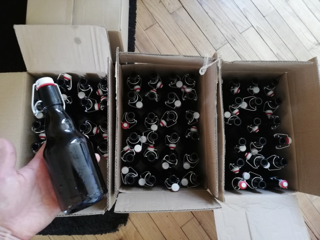 Séchoir à bouteilles et d'autres implements pour le brassage  Img_2013