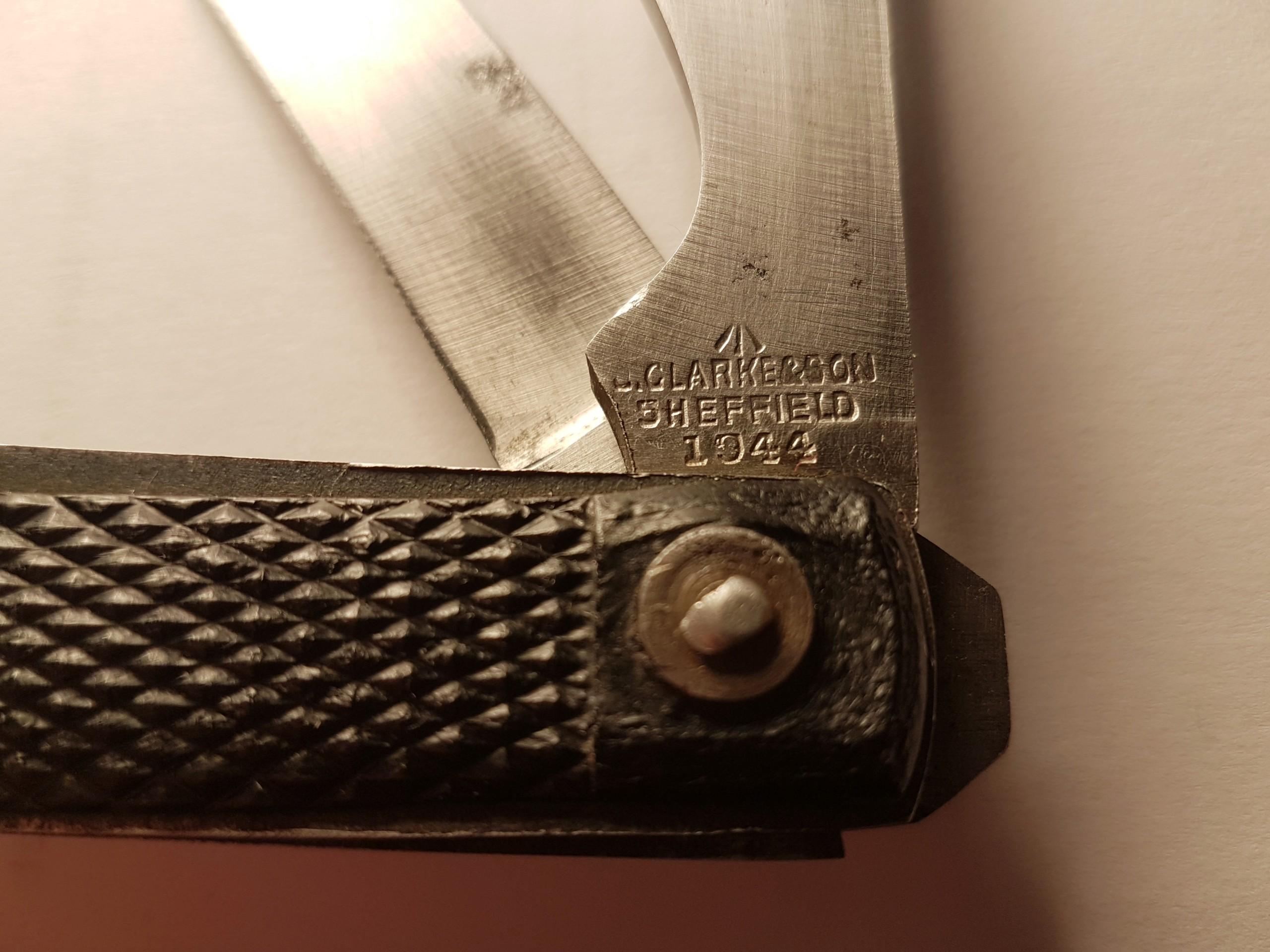 """Les """"jack knives"""", couteaux pliants du Tommy - Page 2 20200137"""