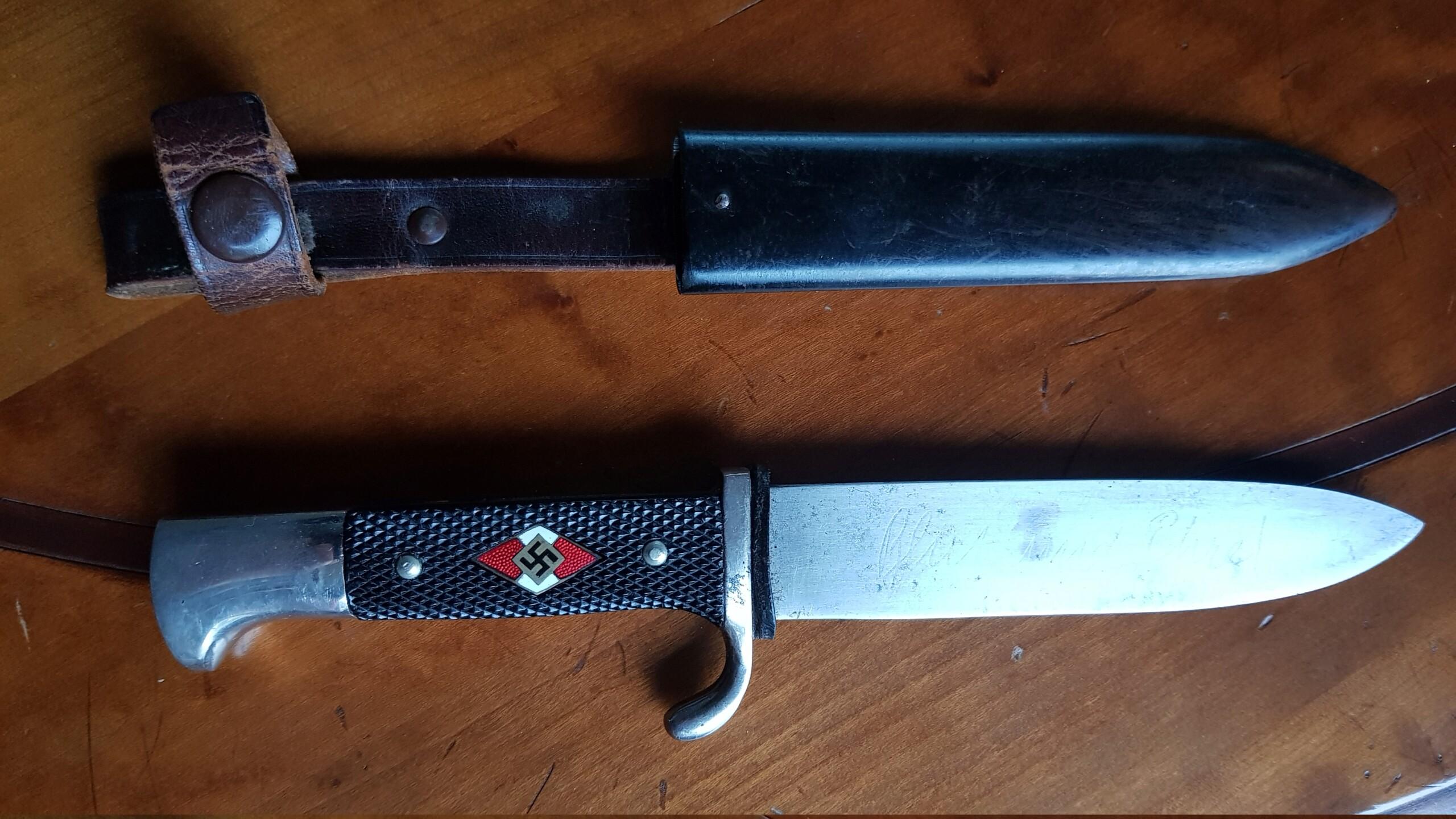 Couteau HJ... avec devise  20201040
