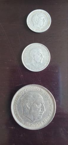 Soy novato. Tienes valor estas 3 monedas? 20200411