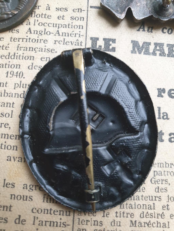 Authentification insigne blessés noir + argent + badge assaut + infanterie Mc_d6-10