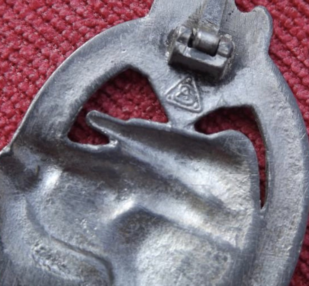 Identification médaille panzer argent  A011f410