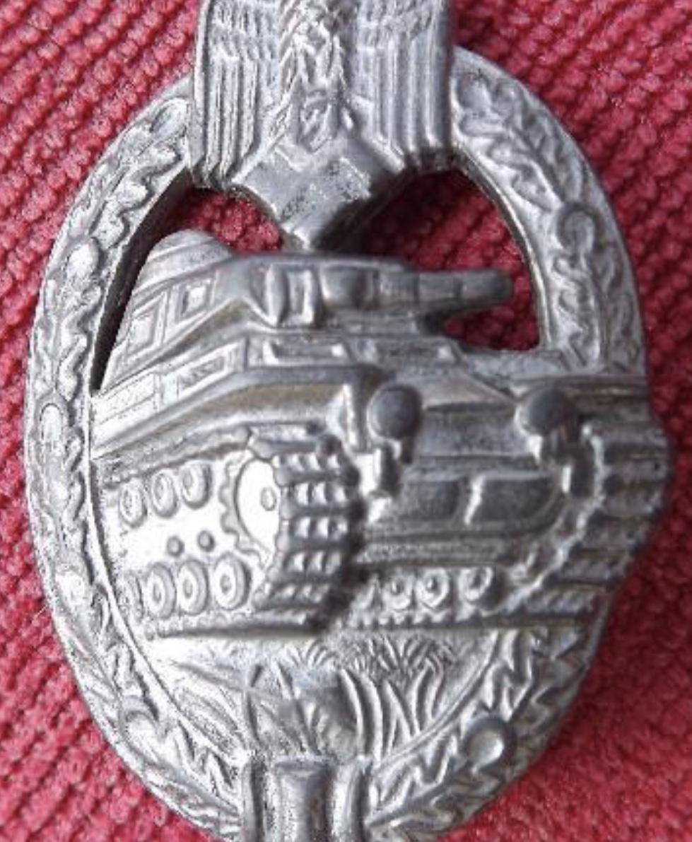 Identification médaille panzer argent  Bf303210