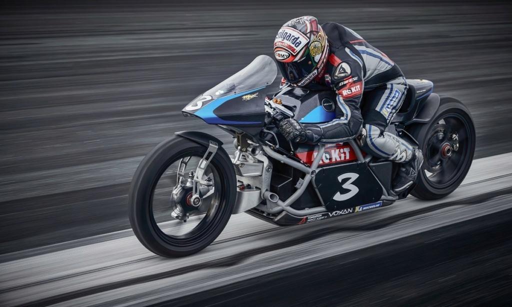 Voxan dépasse 408 km/h avec sa moto électrique B1423d10