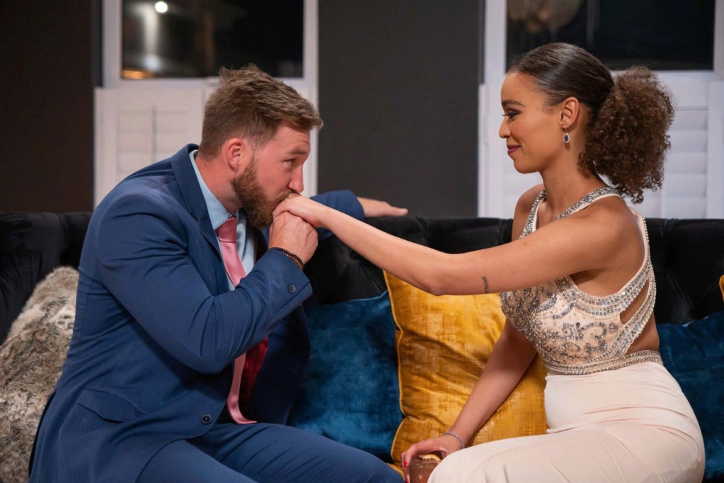 Bachelorette South Africa - Qiniso Van Damme - S/Caps - Media - Vids - NO Discussion - *Sleuthing Spoilers* 16147823