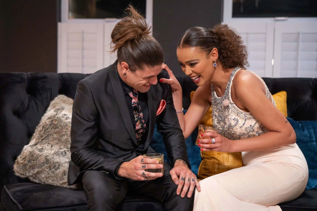 Bachelorette South Africa - Qiniso Van Damme - S/Caps - Media - Vids - NO Discussion - *Sleuthing Spoilers* 16147826
