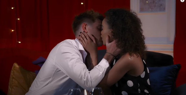 Bachelorette South Africa - Qiniso Van Damme - S/Caps - Media - Vids - NO Discussion - *Sleuthing Spoilers* - Page 3 Pictu208