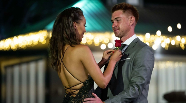 Bachelorette South Africa - Qiniso Van Damme - S/Caps - Media - Vids - NO Discussion - *Sleuthing Spoilers* - Page 5 Pictu570