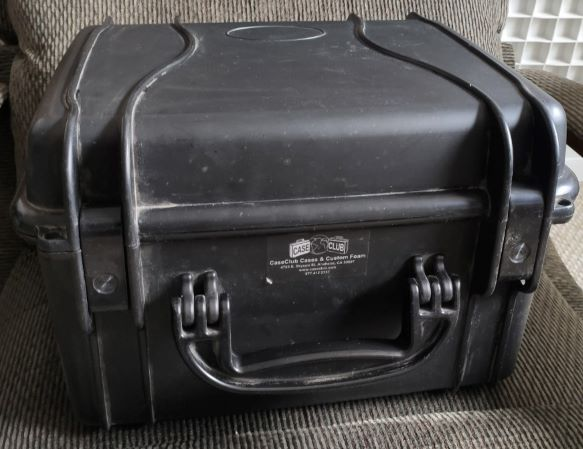 SOLD Case Club 4 gun waterproof case Case_110