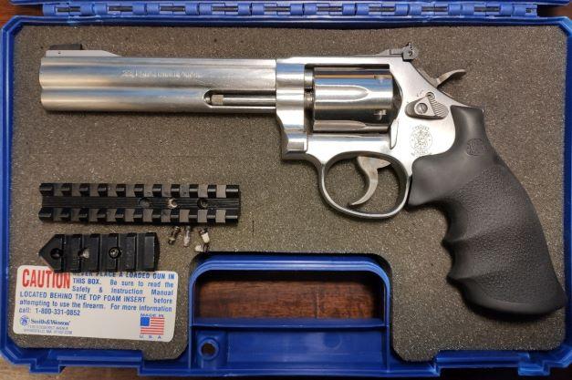 SOLD S&W 617 Revolver 22LR Img_2034