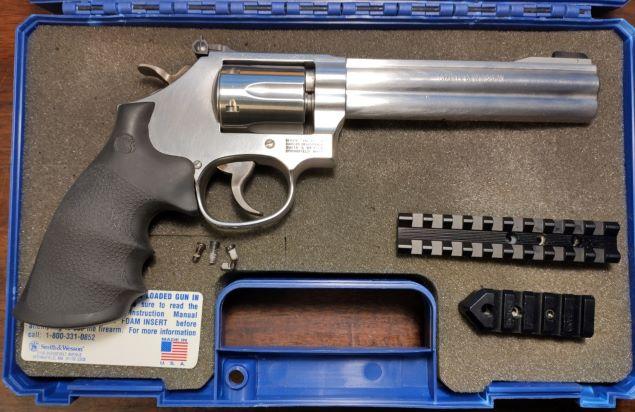SOLD S&W 617 Revolver 22LR Img_2035