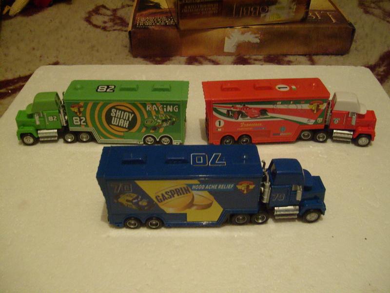 mes autres Cars 1 , 2 , 3 et Planes !!! toutes marques et matieres - Page 16 S7309448