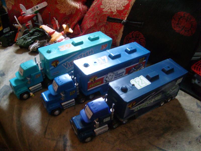 mes autres Cars 1 , 2 , 3 et Planes !!! toutes marques et matieres - Page 16 S7309475