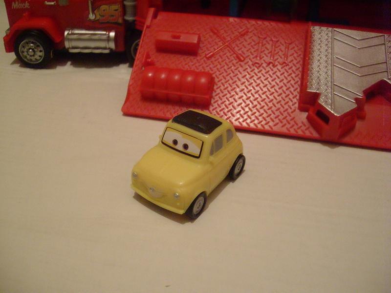 mes autres Cars 1 , 2 , 3 et Planes !!! toutes marques et matieres - Page 16 S7309690