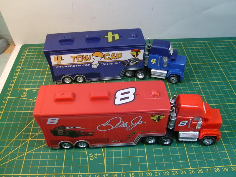 mes autres Cars 1 , 2 , 3 et Planes !!! toutes marques et matieres - Page 16 S7309729