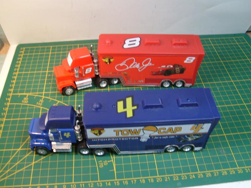 mes autres Cars 1 , 2 , 3 et Planes !!! toutes marques et matieres - Page 16 S7309731