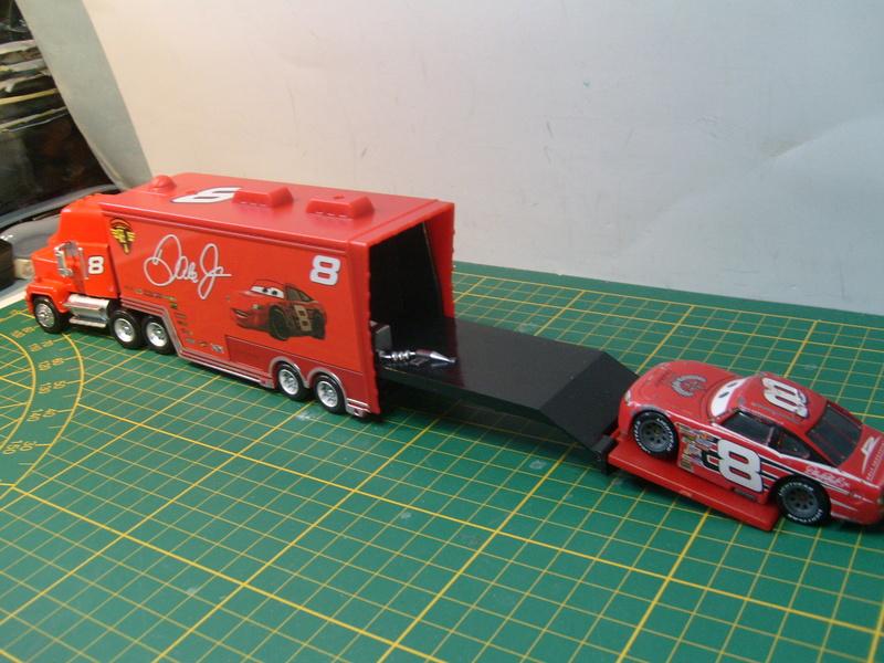 mes autres Cars 1 , 2 , 3 et Planes !!! toutes marques et matieres - Page 16 S7309733