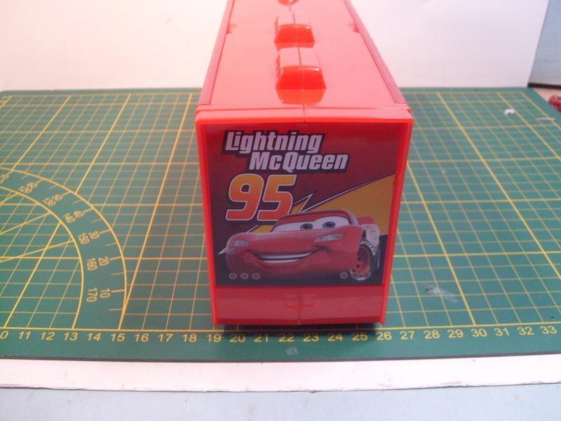 mes autres Cars 1 , 2 , 3 et Planes !!! toutes marques et matieres - Page 16 S7309743