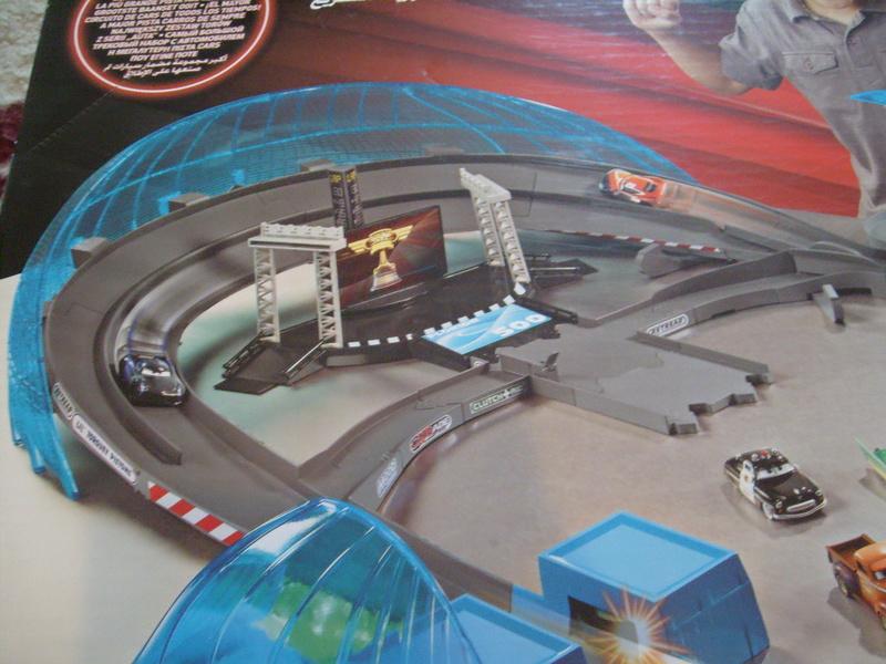 mes autres Cars 1 , 2 , 3 et Planes !!! toutes marques et matieres - Page 16 S7309781