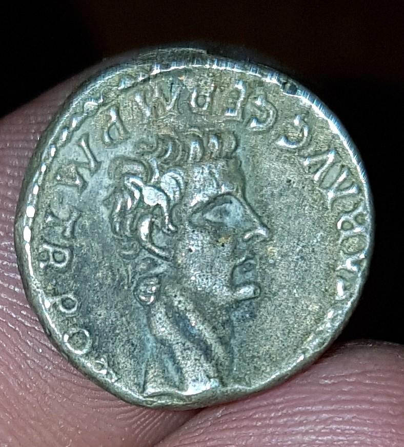 Moneda tipo Denario. Caligula y Agripina 20180118
