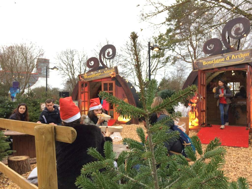 Le Village de Noël des Minimoys – décembre 2017 Img_6111
