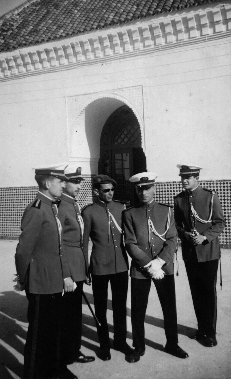 Les Officiers de la promotion Mohammed V - 1956/57 Clipbo20