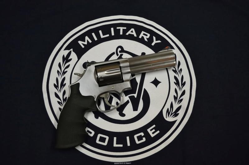 Smith et Wesson 357 Dsc_0010